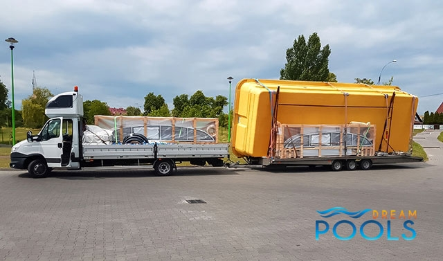 polyester zwembad levering 105