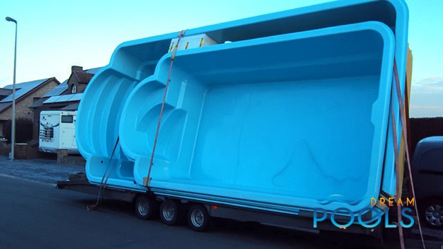 polyester zwembad levering 111