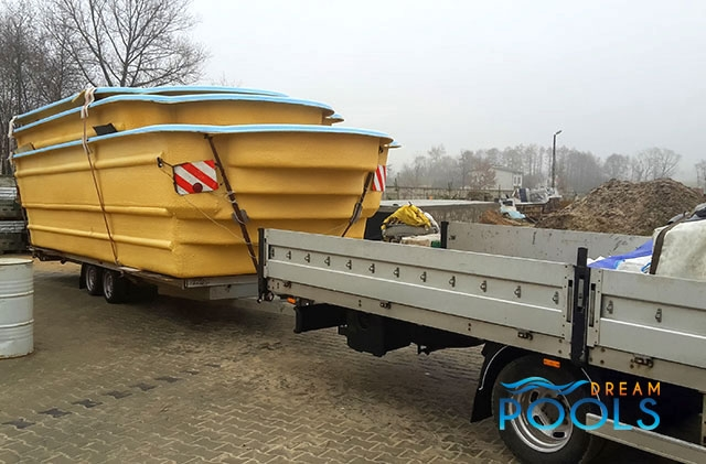 polyester zwembad levering 94